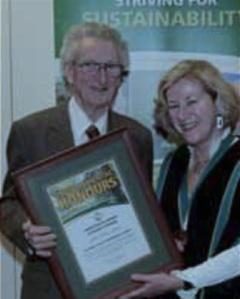 Allan receives award